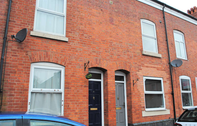 1 Bedroom House Share for rent in 14 Highfield Road, Salford M6