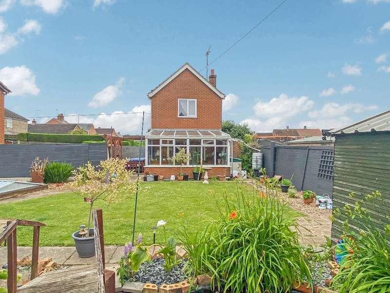 2 Bedrooms Detached House for sale in Daniels Crescent, Long Sutton, Spalding, PE12 9DS