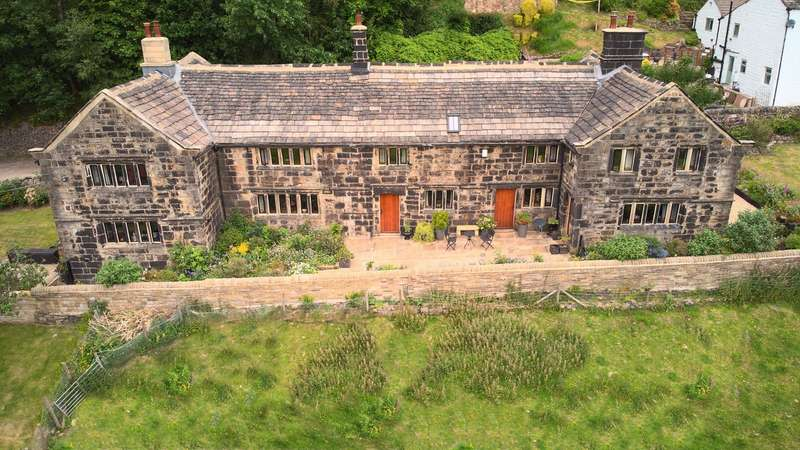 4 Bedrooms Farm Commercial for sale in Carr House Fold, Todmorden, OL14