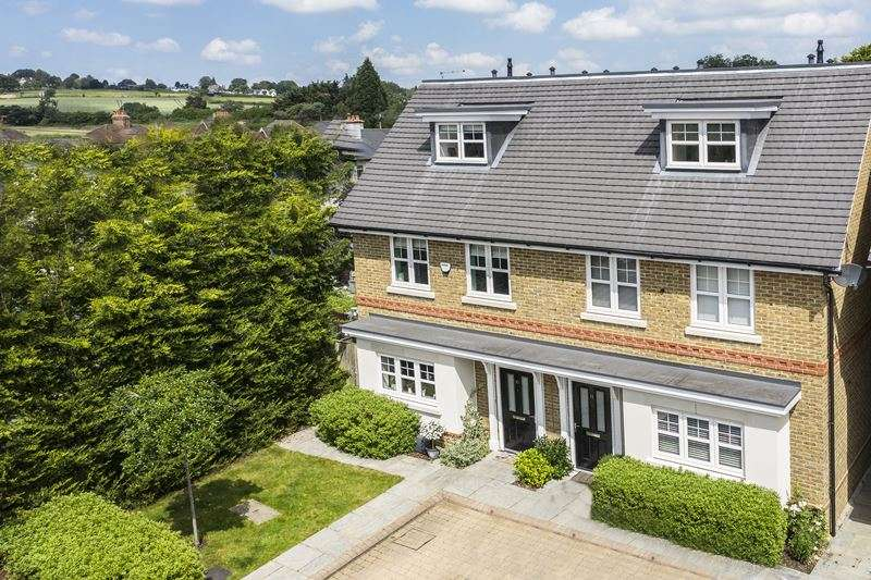 4 Bedrooms Semi Detached House for sale in Payton Gardens, COOKHAM, SL6