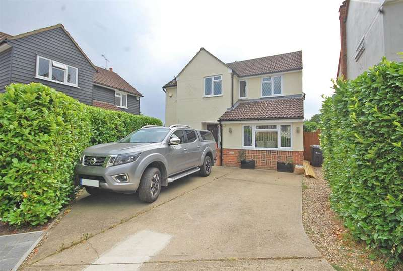 4 Bedrooms Detached House for sale in Leyfields, Rayne, Braintree