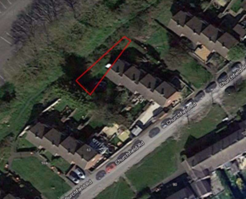 Property for sale in Churchfield Road, Dunstable