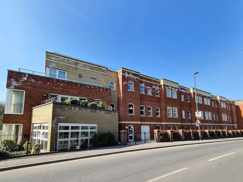 1 Bedroom Flat for sale in Cainscross Road, Stroud, GL5 4ET
