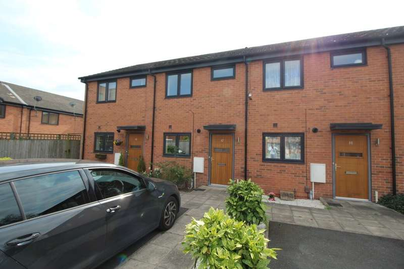 2 Bedrooms Terraced House for rent in Primrose Court, Bury, BL9