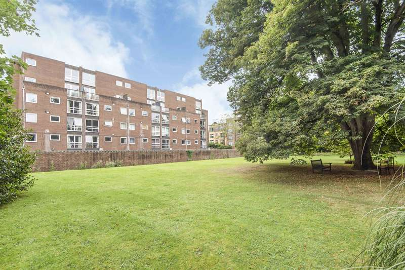 1 Bedroom Apartment Flat for sale in Belgravia Court, Bath Road, Reading, RG30