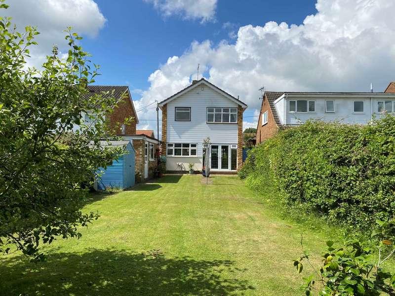 3 Bedrooms Detached House for sale in Grange Road, Billericay