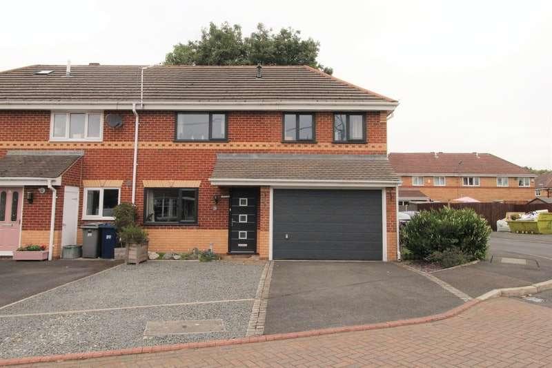 4 Bedrooms Semi Detached House for sale in Cloughfield, Preston, Lancashire, PR1