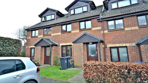 2 Bedrooms Apartment Flat for sale in Maypole Road, Taplow, Maidenhead