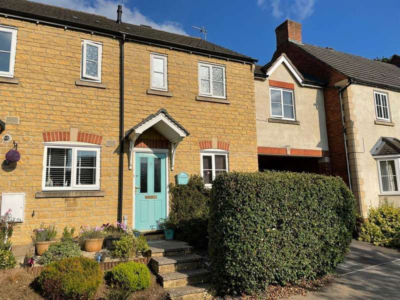2 Bedrooms Terraced House for sale in Caswell Mews, Dursley, GL11 5GE