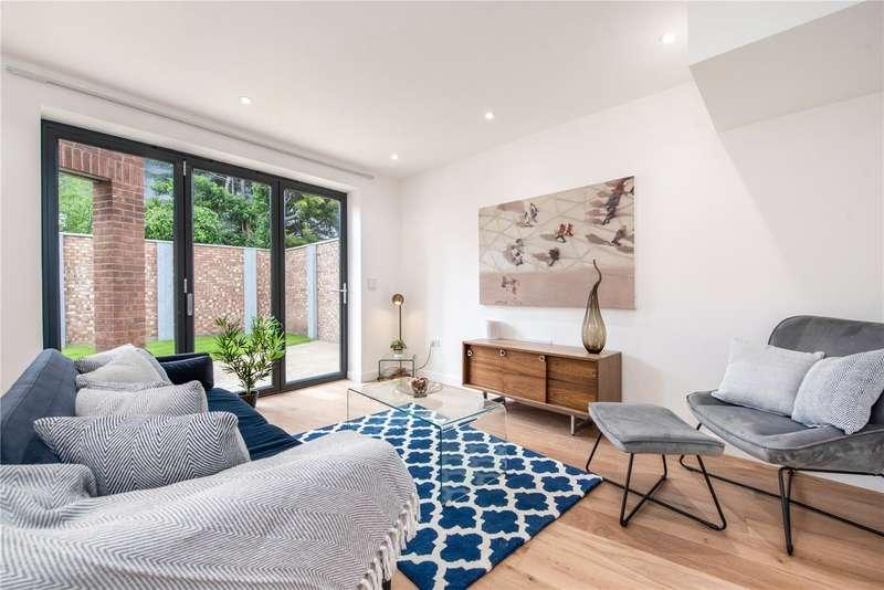 3 Bedrooms House for sale in Whistler Mews, Windsor, SL4