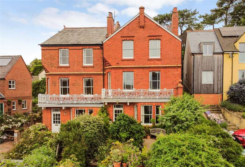 4 Bedrooms Semi Detached House for sale in Bisley Road, Stroud, Gloucestershire, GL5