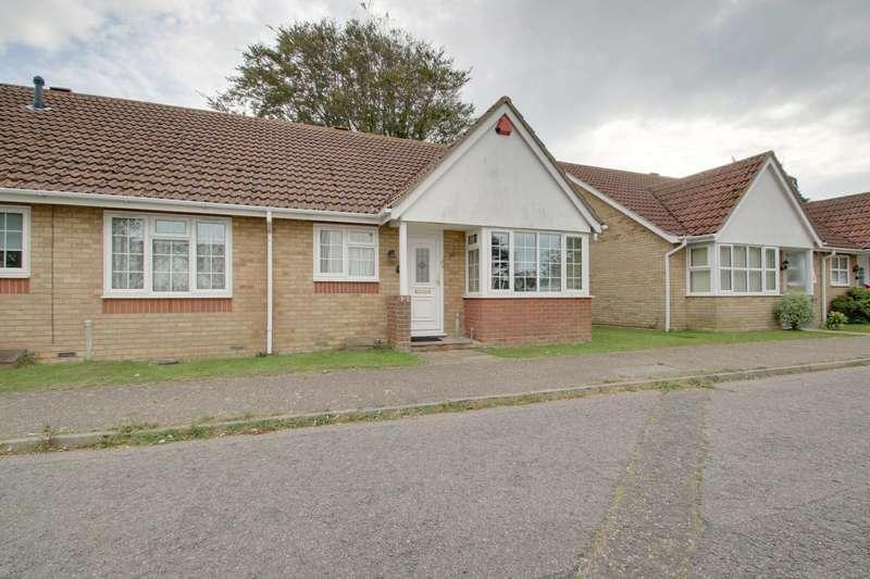2 Bedrooms Semi Detached Bungalow for sale in Lyon Close, Clacton-On-Sea