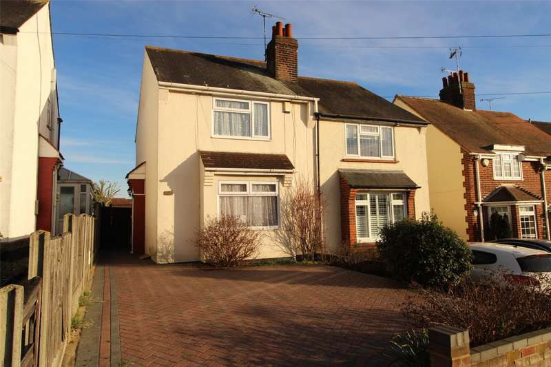 3 Bedrooms Semi Detached House for sale in Nobles Green Road, Leigh-on-Sea, SS9