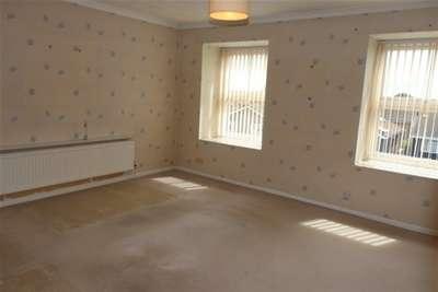 2 Bedrooms Property for rent in Hawkins, Shoeburyness