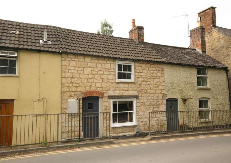 3 Bedrooms Terraced House for sale in Bradley Road, Wotton-under-Edge, GL12 7DT