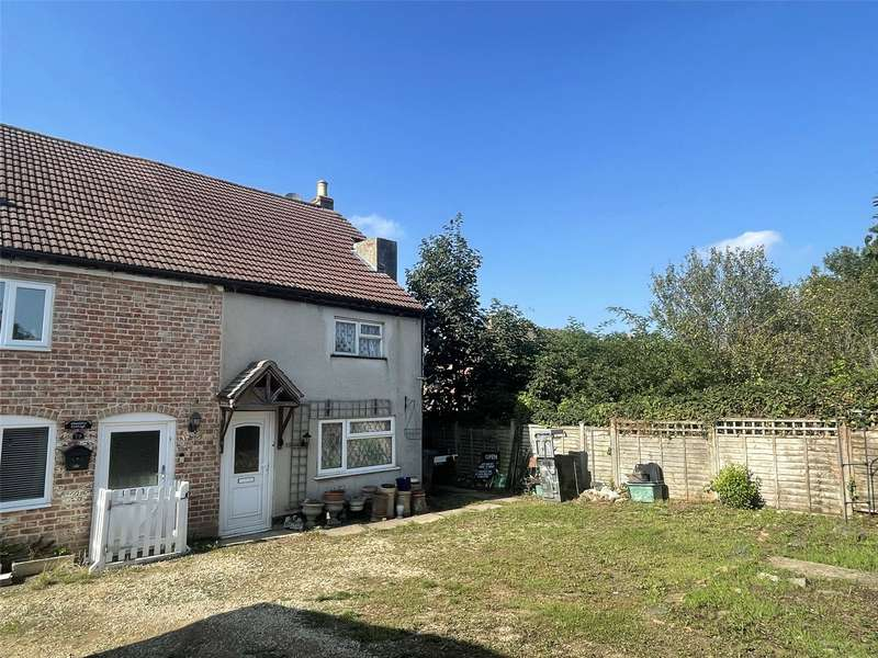 2 Bedrooms Property for sale in Hucclecote Road, Hucclecote, Gloucester GL3