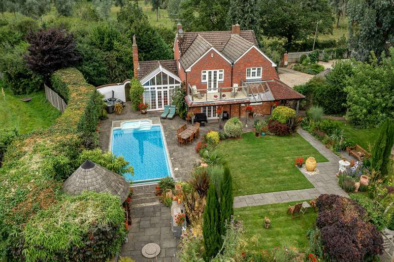 House for sale in Clappers Farm Road