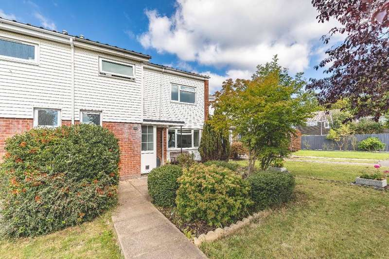 3 Bedrooms Terraced House for sale in Martin Close, Windsor, SL4 5SP
