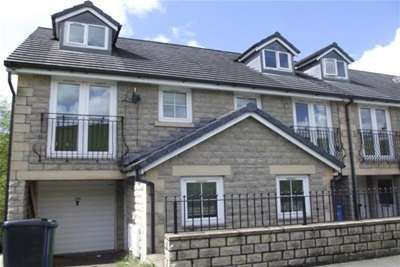 3 Bedrooms End Of Terrace House for rent in Edgeside Lane, Waterfoot