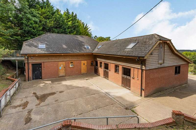 1 Bedroom Equestrian Facility Character Property for sale in Sewell