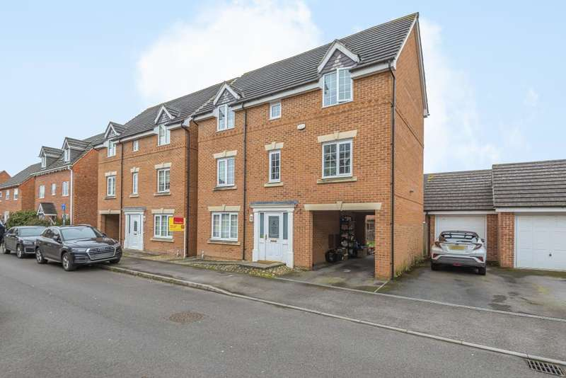 5 Bedrooms Detached House for sale in Thatcham, Berkshire, RG19