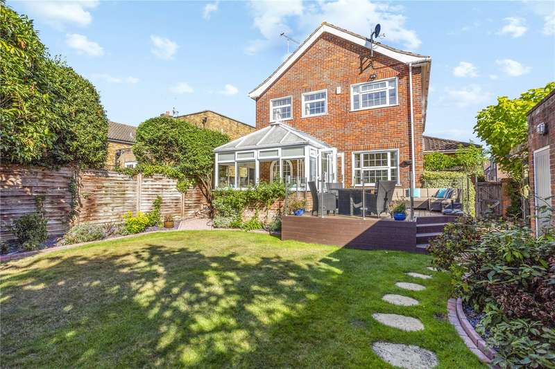 4 Bedrooms Detached House for sale in The Farthingales, Maidenhead, SL6