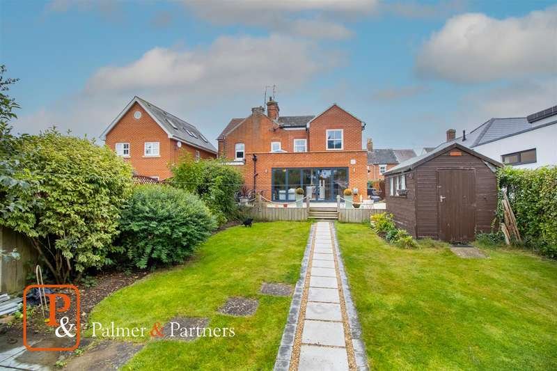 3 Bedrooms Semi Detached House for sale in Albany Road, West Bergholt, Colchester, CO6