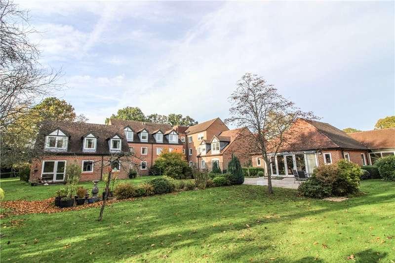 2 Bedrooms Retirement Property for sale in McKernan Court, High Street, Sandhurst, Berkshire, GU47