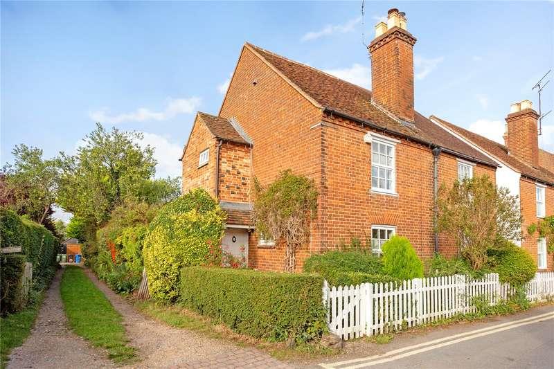 3 Bedrooms Semi Detached House for sale in School Lane, Cookham, Maidenhead, Berkshire, SL6