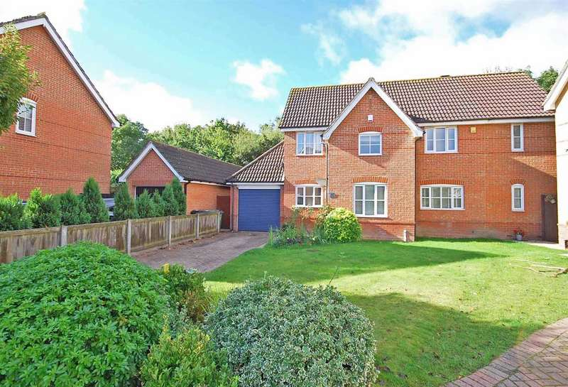 4 Bedrooms Detached House for sale in Wood Way, Great Notley, Braintree