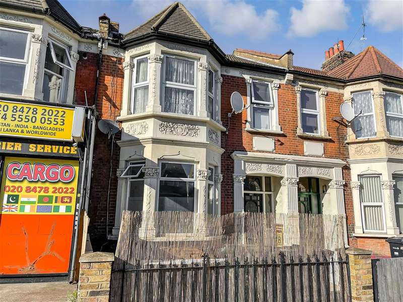 2 Bedrooms Ground Flat for sale in High Road, , Ilford, Essex