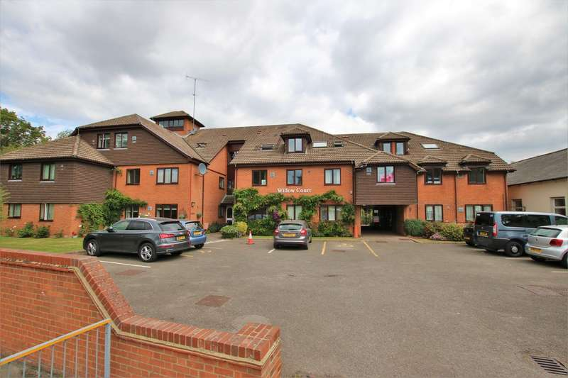 1 Bedroom Retirement Property for sale in Willow Court, 11 Reading Road, Wokingham, RG41