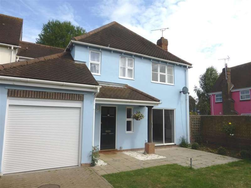 4 Bedrooms Detached House for rent in Myneer Park, Coggeshall, Colchester