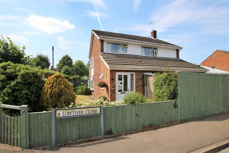 3 Bedrooms Semi Detached House for sale in Lowther Road, Wokingham, RG41