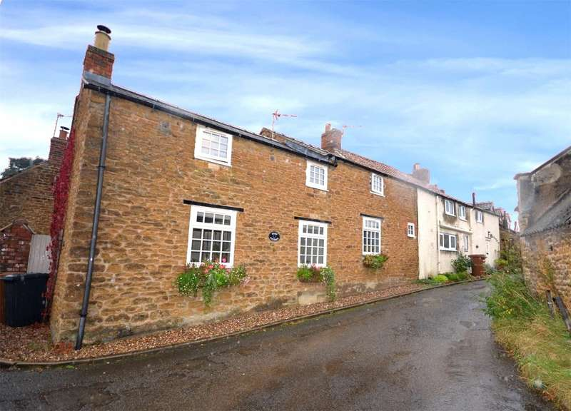 3 Bedrooms Cottage House for rent in Sycamore Lane, Wymondham, Melton Mowbray