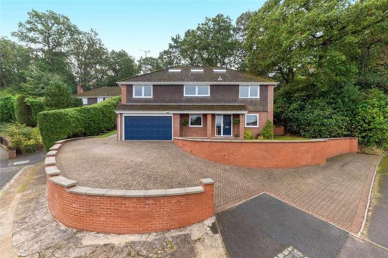 4 Bedrooms Detached House for sale in Mountbatten Rise, Little Sandhurst, Berkshire, GU47