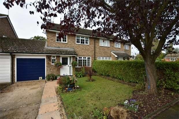 3 Bedrooms Semi Detached House for sale in Knox Green, Binfield, Berkshire