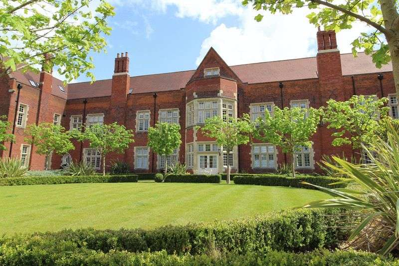 1 Bedroom Property for rent in The Galleries, Brentwood