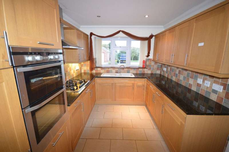 5 Bedrooms Detached House for rent in 2 Miller Close