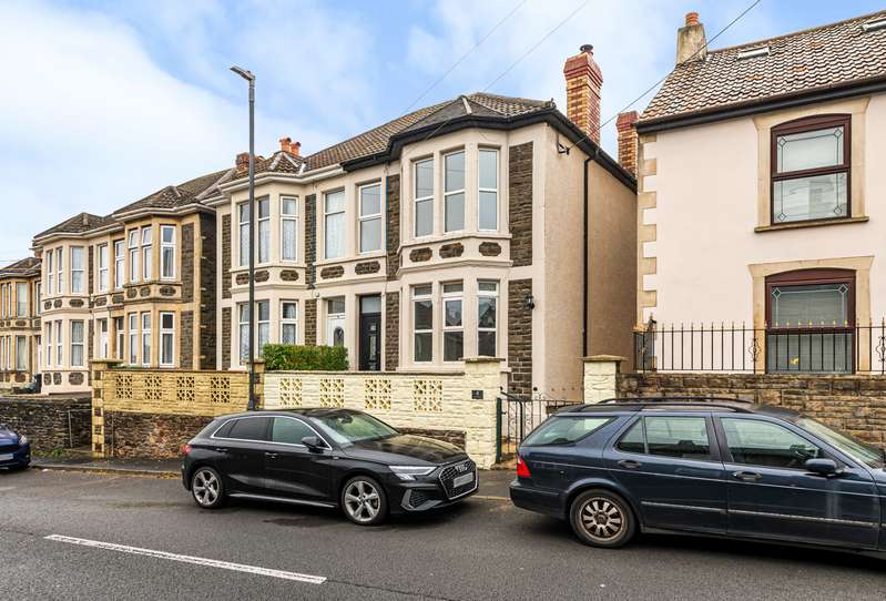 2 Bedrooms Semi Detached House for sale in Cock Road, Kingswood, Bristol, BS15