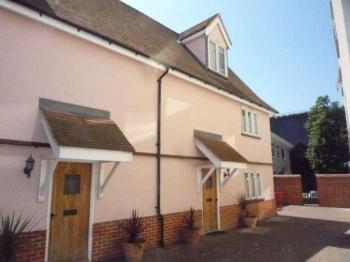 3 Bedrooms Town House for sale in St Nicholas Street, Ipswich