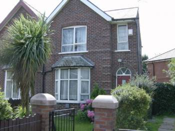 3 Bedrooms Semi Detached House for sale in Holborn Street, Rochdale.
