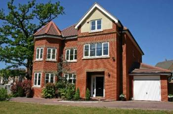 6 Bedrooms Detached House for sale in Chandos Court, Stanmore