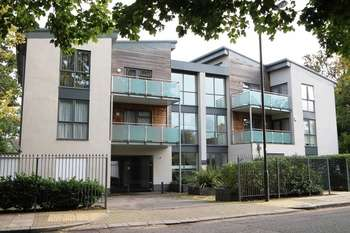 2 Bedrooms Flat for sale in Gordon Avenue, Stanmore