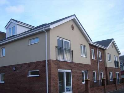 2 Bedrooms Flat for sale in Reiver Court, Wilson Street, WALLSEND, Tyne and Wear