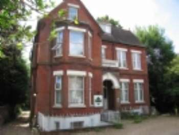 Studio Flat for rent in 26 Westwood Road, Portswood, Southampton