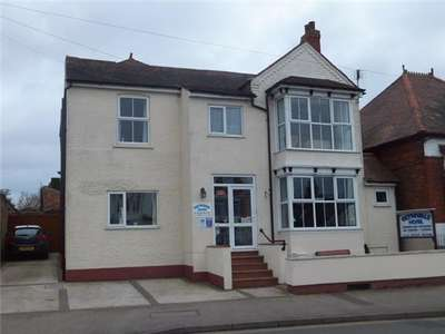 8 Bedrooms Property for sale in 101 Drummond Road, Skegness