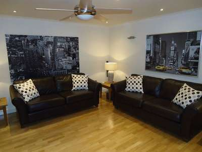 3 Bedrooms Flat for rent in Park Avenue, Mossley Hill, Liverpool