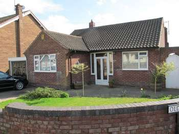 2 Bedrooms Detached Bungalow for sale in 6 Phillip Avenue Eastwood