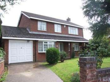 4 Bedrooms Detached House for sale in 4 Bed Property